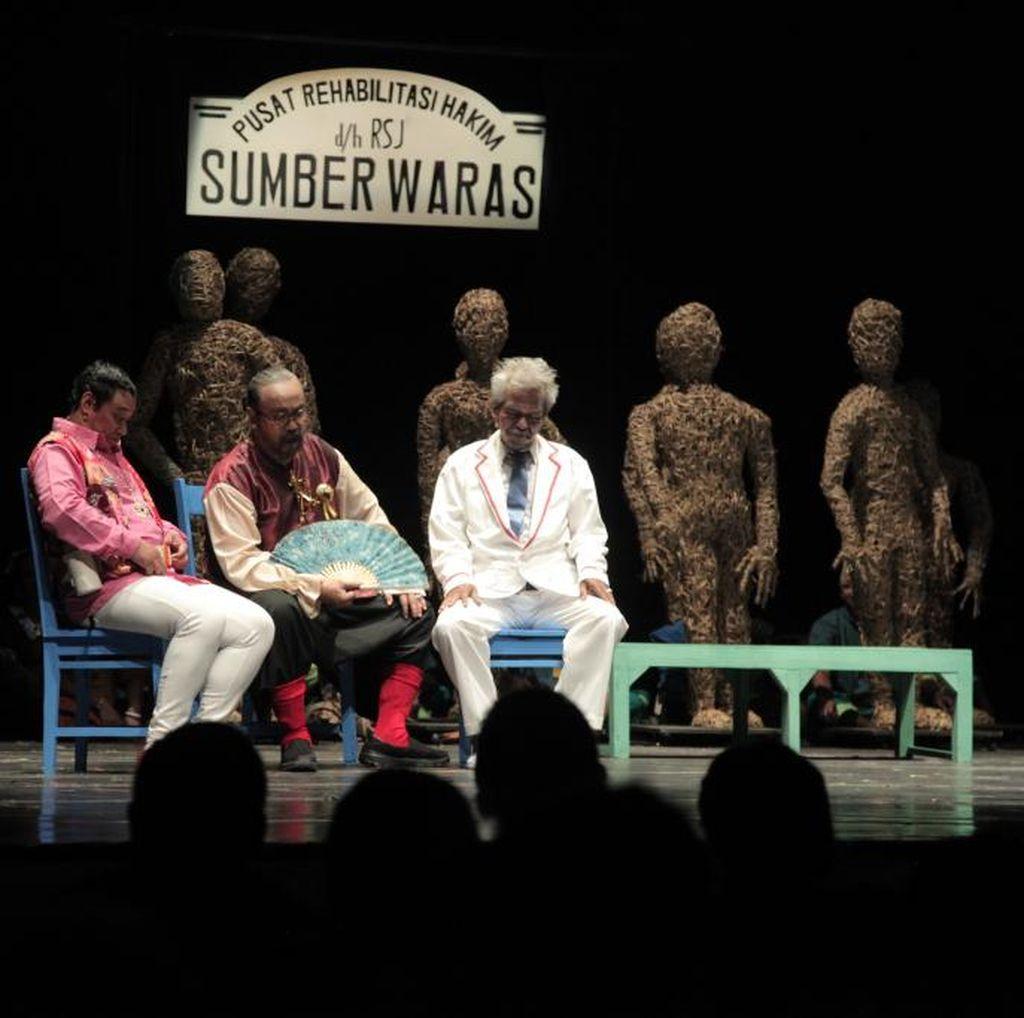 Usai Yogyakarta, Teater Gandrik Pentaskan Hakim Sarmin di Jakarta