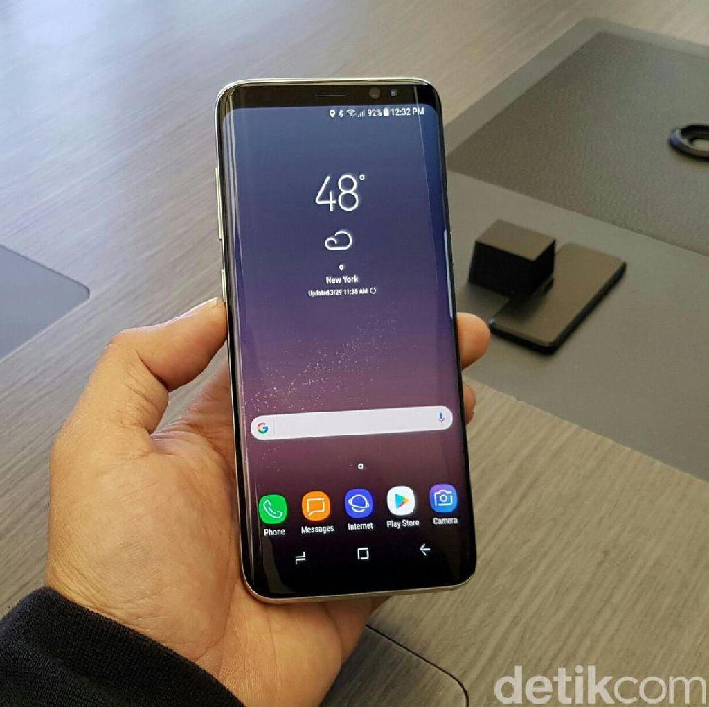 Samsung Siap Atasi Problem Layar Merah di Galaxy S8