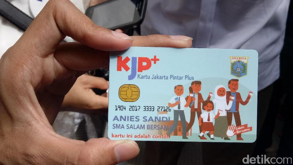 Sandiaga: KJP Plus Ditarik Tunai Hanya bagi yang Tidak Mampu