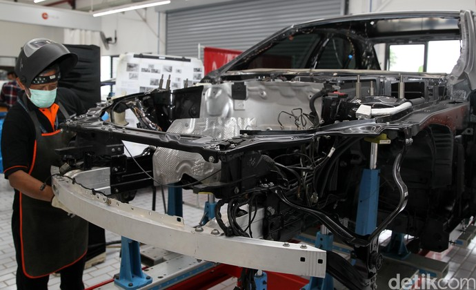 Mercedes-Benz Indonesia Resmikan Body & Paint Centre