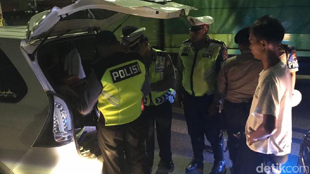 Jelang Aksi 313, Polisi Razia Penumpang di Pelabuhan Merak