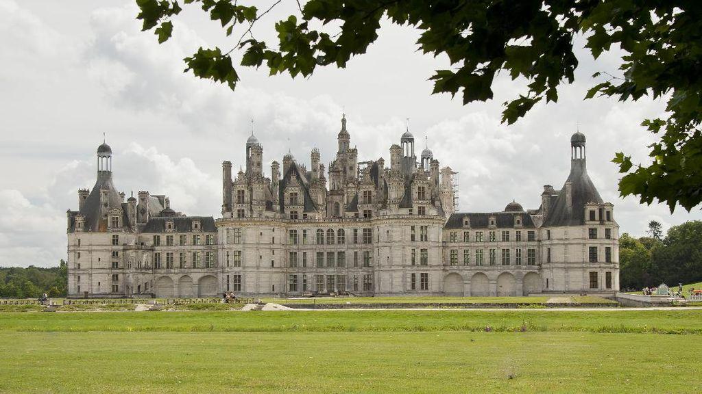 Wujud Nyata Kastil Film Beauty and The Beast, Ada di Prancis