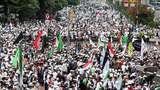 Massa Aksi 313 Menyemut di Patung Kuda