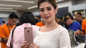 Penantian Laurencia Berbuah iPhone 7 di Tangannya