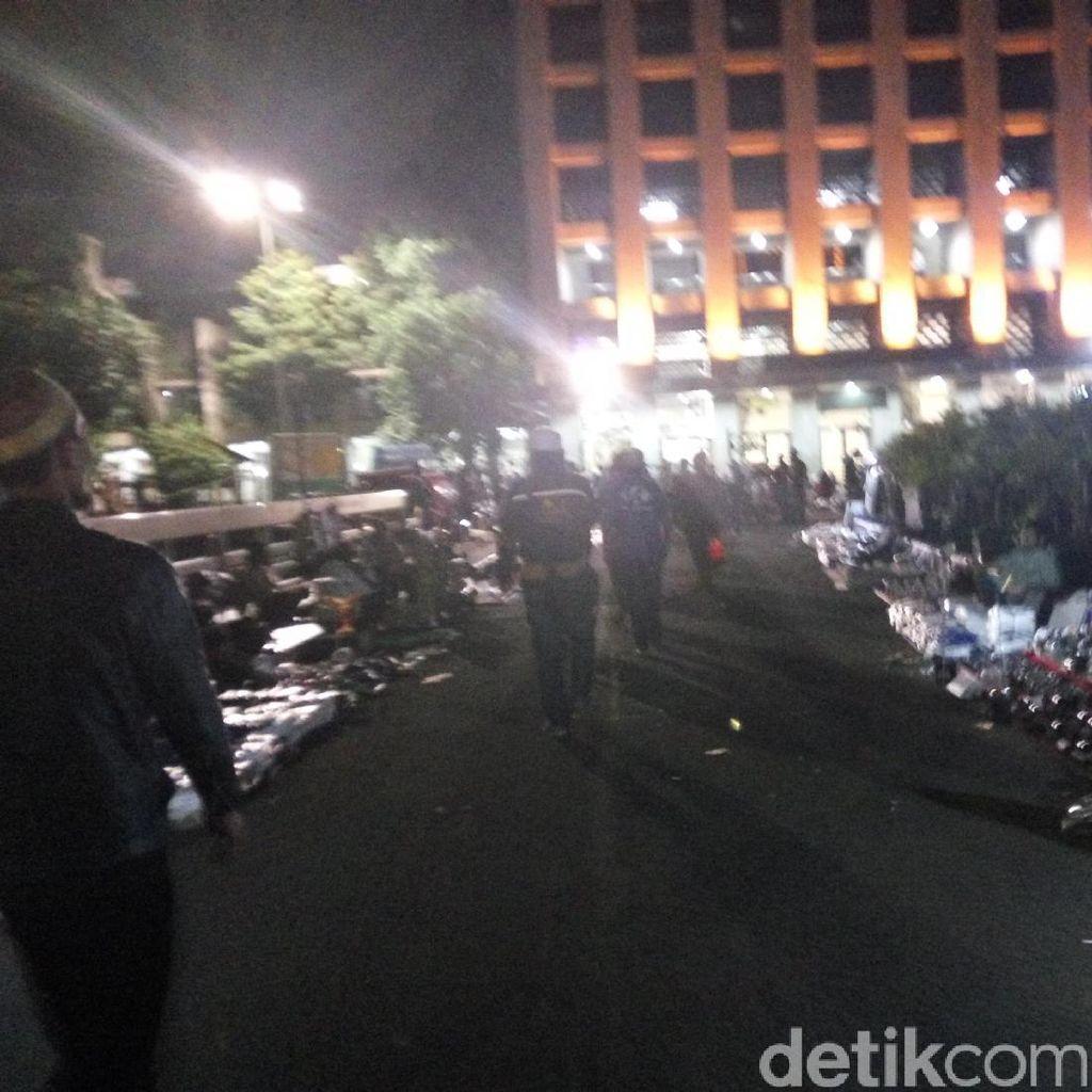 Ratusan Orang Berkumpul di Masjid Isiqlal, Siap Aksi 313