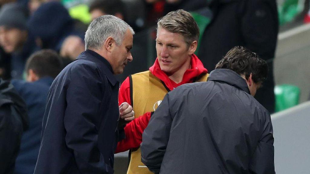 Mourinho Menyesal atas Perlakuannya terhadap Schweinsteiger
