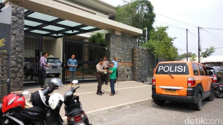 Selama Jabat Kasat AKBP Shinto - Surabaya Selama menjabat Kasat Reskrim Polrestabes AKBP Shinto Bina Gunawan Silitonga telah mengungkap delapan kasus Hanya satu kasus
