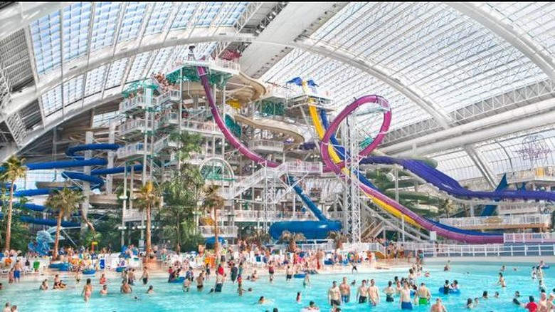 Foto: (West Edmonton Mall)