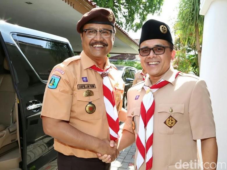 Melihat Keakraban Gus Ipul dengan - Banyuwangi Momen pemilihan gubernur Jawa Timur masih Namun berbagai spekulasi calon gubernur yang akan bertanding di Pilgub sudah