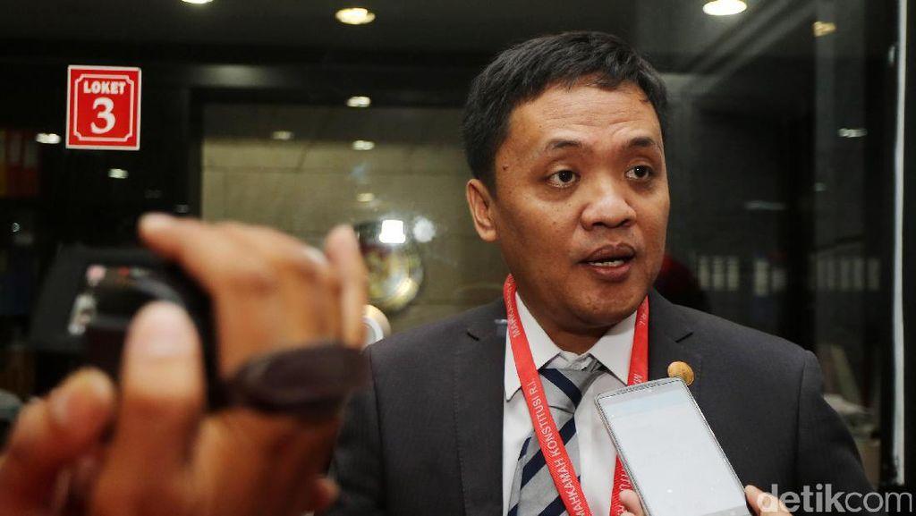 Kronologi Gugurnya Gugatan Pasal Makar yang Diajukan Habiburokhman