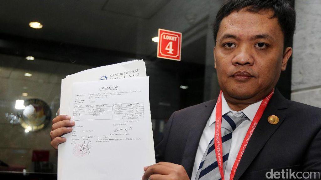 MK Gugurkan Gugatan Pasal Makar yang Diajukan Habiburokhman