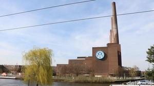Berkunjung ke Pabrik Volkswagen di Jerman