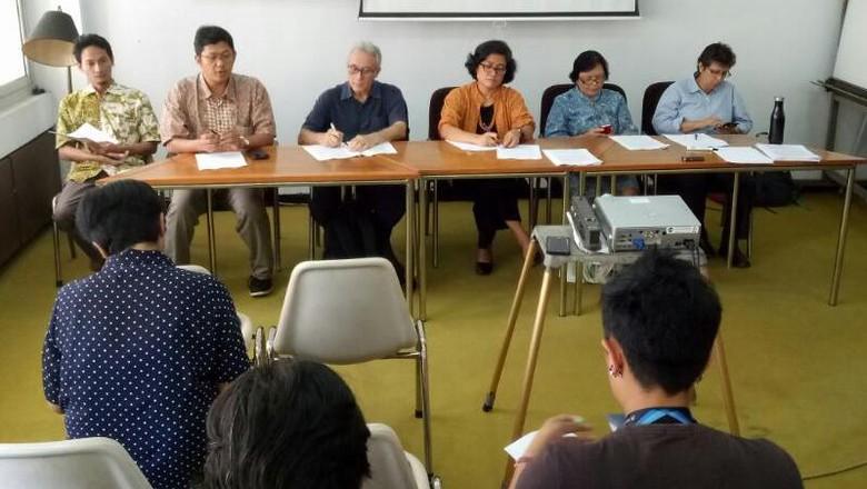 Jokowi Diminta Tinjau Ulang Tambang Semen di Kendeng