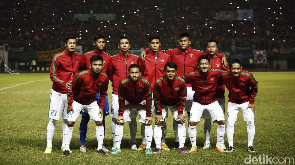 Diwarnai Hujan dan Lapangan Tergenang, Indonesia vs Thailand Masih 0-0