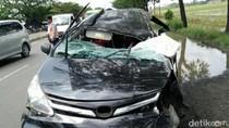 Mobil Xenia Seruduk Truk di Subang, 1 Orang Tewas dan 5 Terluka