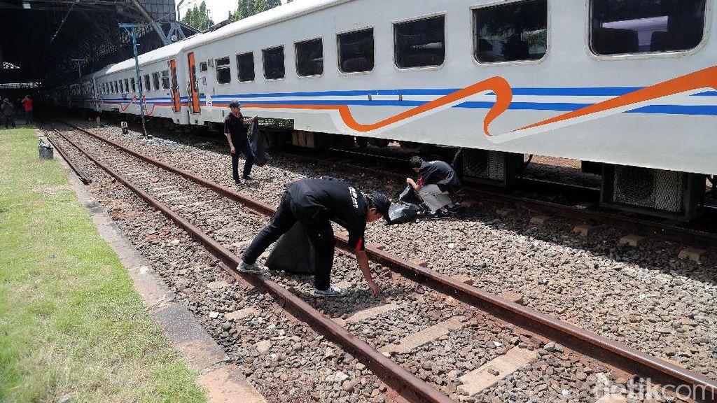 KAI: Tidak Ada Tiket Kereta Tambahan