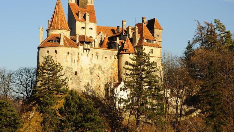 Selamat datang di Kastil Bran atau dikenal juga Kastil Drakula (Thinkstock)