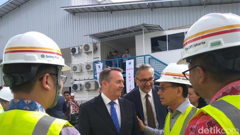 Ke Jakarta, Mendag Inggris Sambangi Proyek LRT dan Velodrome