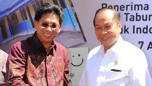 Bank Mega Renovasi Sekolah di Bitung dan Manado