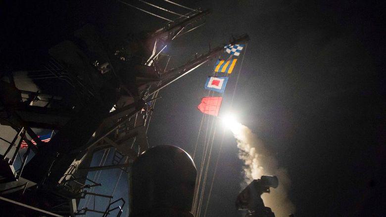 2 Jet Tempur di Pangkalan Udara Suriah Disambar Rudal AS