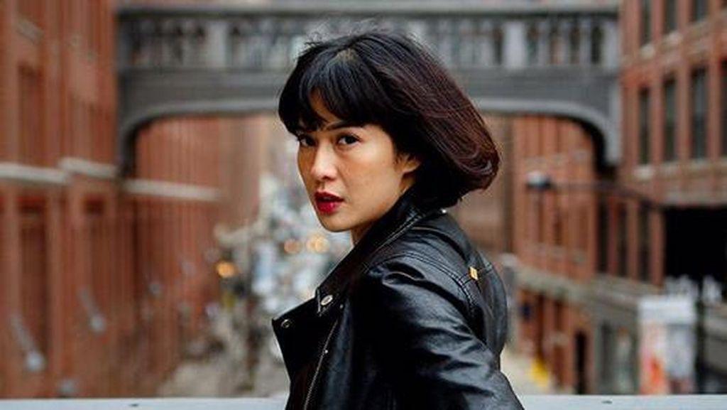 Kondisi Terkini Julia Perez, Dian Sastro Tepis Tangan Fans