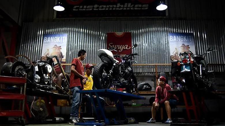 Motor Modifikasi Iconic BikeSuryanation Siap Bersolek
