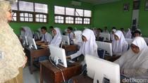 Listrik Sering Padam, 18.900 Siswa Aceh Ujian Pakai Kertas