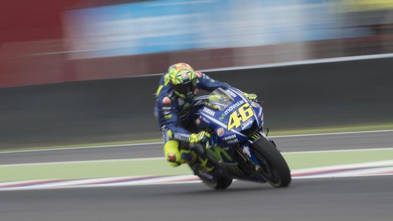 Rossi Pertanyakan Penaltinya, Kritik Zarco