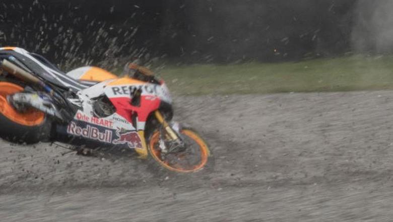 Balapan Kelabu Repsol Honda: Deja vu Turn 2 Marquez-Pedrosa