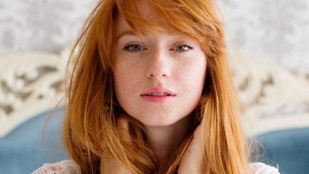 Foto: Melihat Kecantikan Wanita dengan Rambut Merah dari Seluruh Dunia