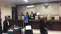 Wali Kota Madiun Jalani Sidang Perdana Korupsi Pembangunan Pasar