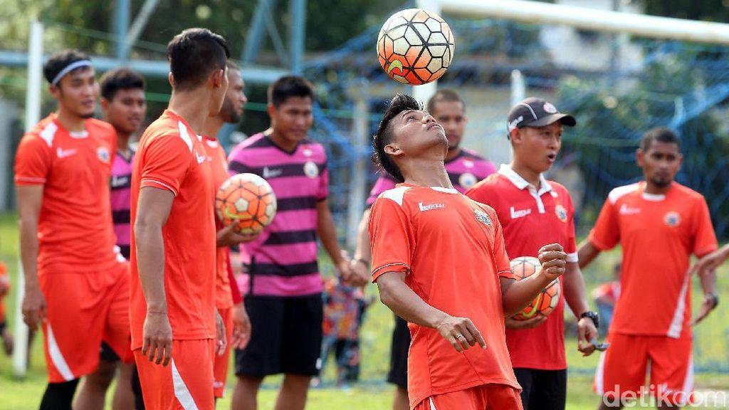 Persija Jakarta: Kejar Peringkat Lima dengan Porsi Besar Untuk Pemain Muda