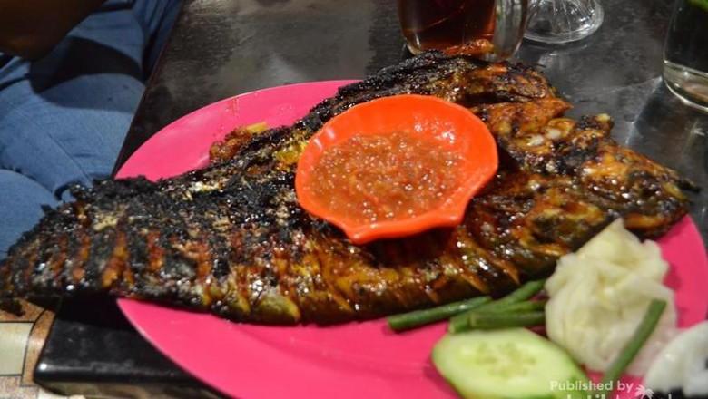 Ikan Lais Bakar yang khas dari Palangkaraya (Zulfan Ariansyah/dTraveler)