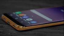 Kemewahan Galaxy S8 Berbalut Emas 24 Karat