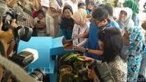 Sandiaga Resmikan Bank Sampah Ciber OKE OCE di Cilincing