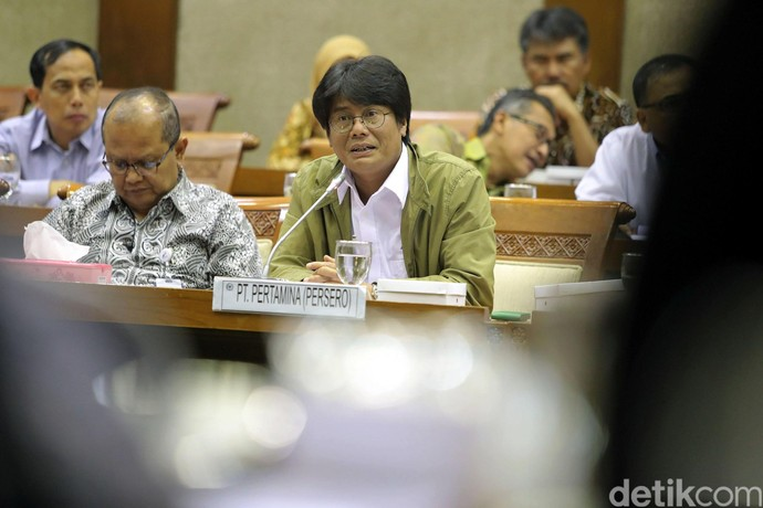 Dirut Pertamina Raker dengan Komisi VI