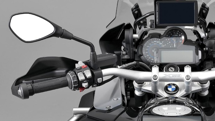 Motor Hybrid Nih..