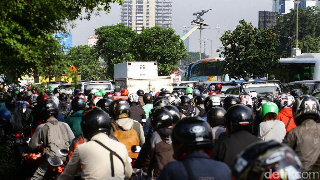 Kemacetan Parah di Pancoran yang Bikin Jokowi Angkat Bicara