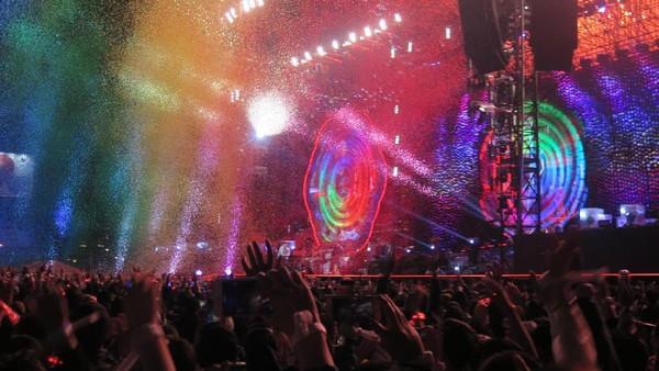Berkah Hujan, Ini Lagu Kejutan Coldplay untuk Penonton Taiwan