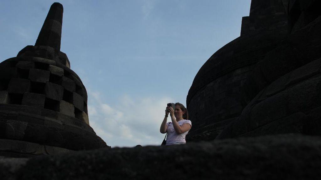 Menikmati Sunrise di Borobudur