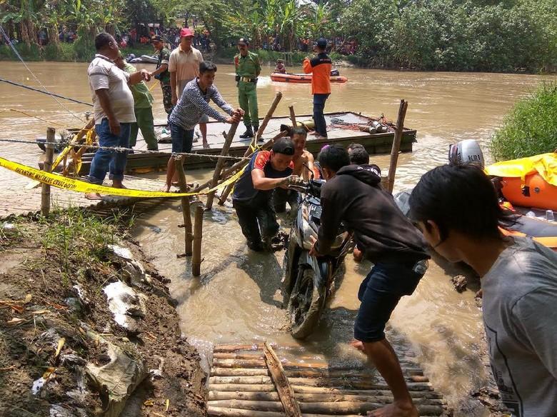 Pencarian Sisa Korban Perahu Tambang di Gresik Dihentikan