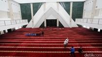 Djarot akan Salat Tarawih Pertama di Masjid Raya KH Hasyim Asyari