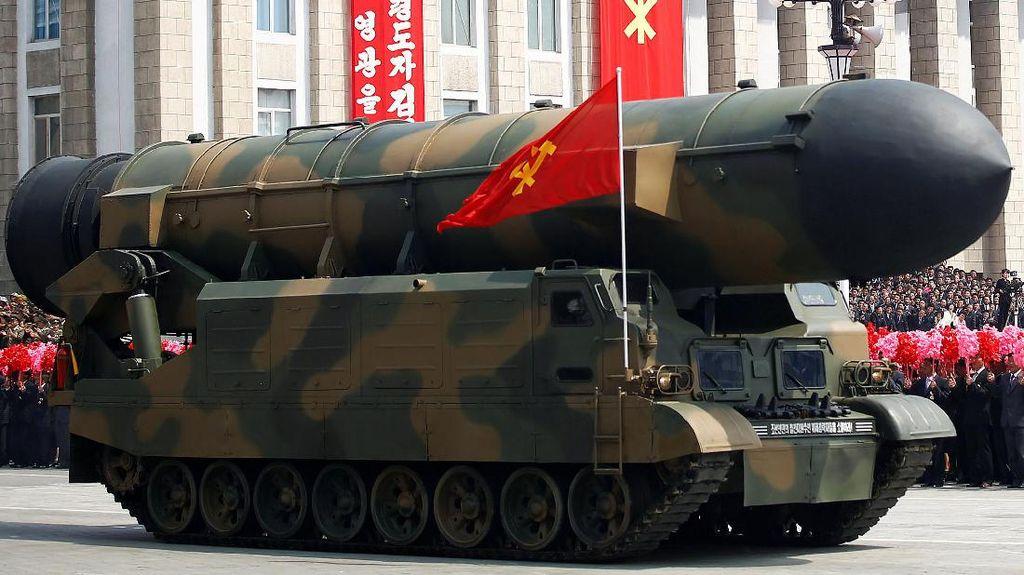 Korea Utara Pamer Kekuatan