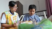 Pasien Rayakan Paskan di Rumah Sakit