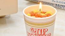 Uniknya! Lilin Ini Persis Nissin Cup Noodle yang Siap Santap