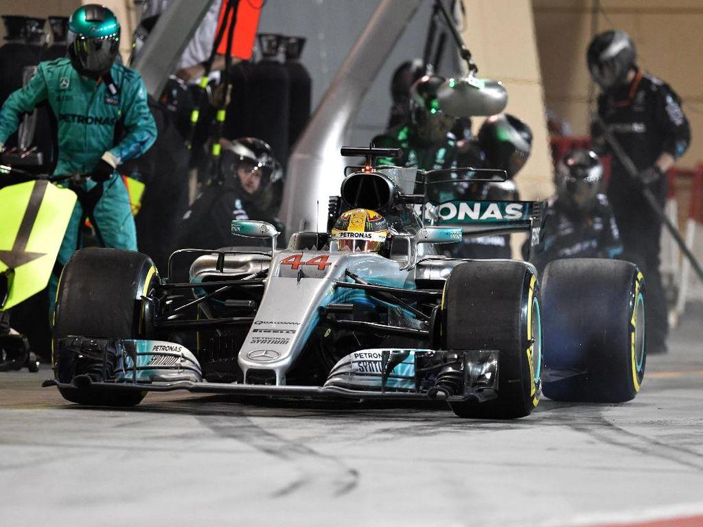 Mercedes Tersakiti Ferrari
