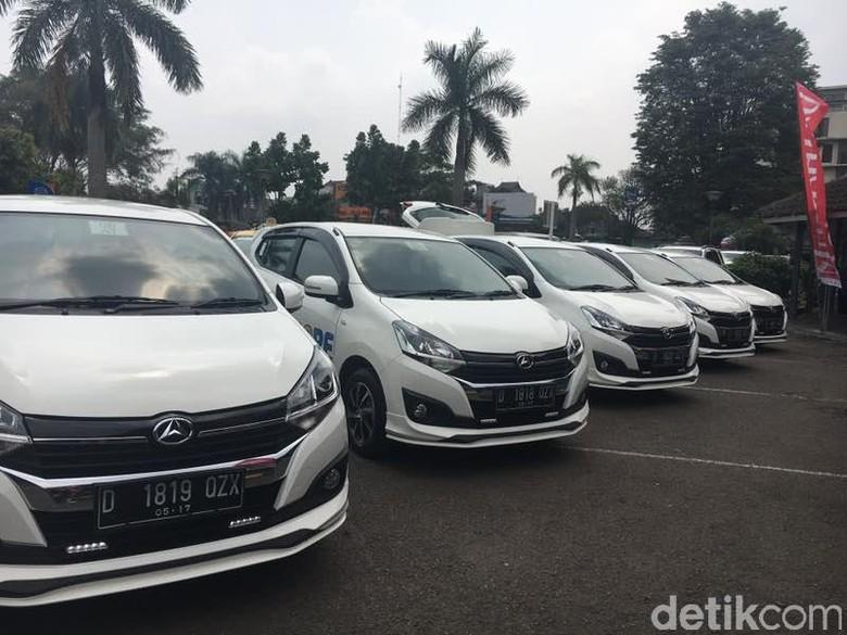Menjajal Mobil LCGC Baru di Bandung
