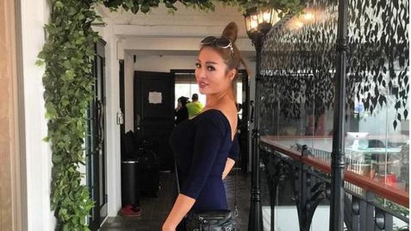 Fifie Buntaran: Arisan Terlihat Mewah karena Pakaian