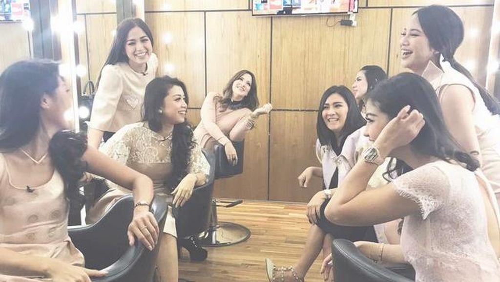 Hasil Arisan Girls Squad 10 Persen Disisihkan untuk yang Membutuhkan