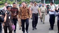 Sehari Jelang Pencoblosan, Ahok Bertemu Jokowi di Kantor Presiden